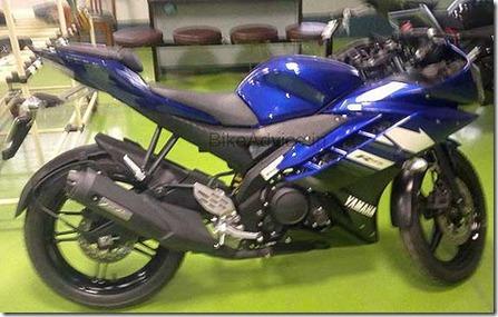 20110621-YZF-R15-1