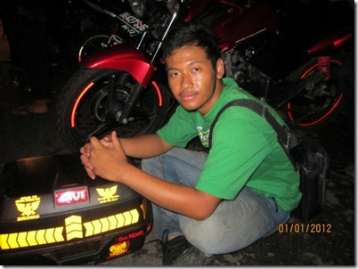 2012 109 (Small)