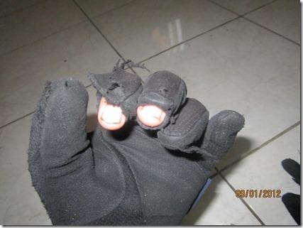 gloves pertamax7 019 (Medium)