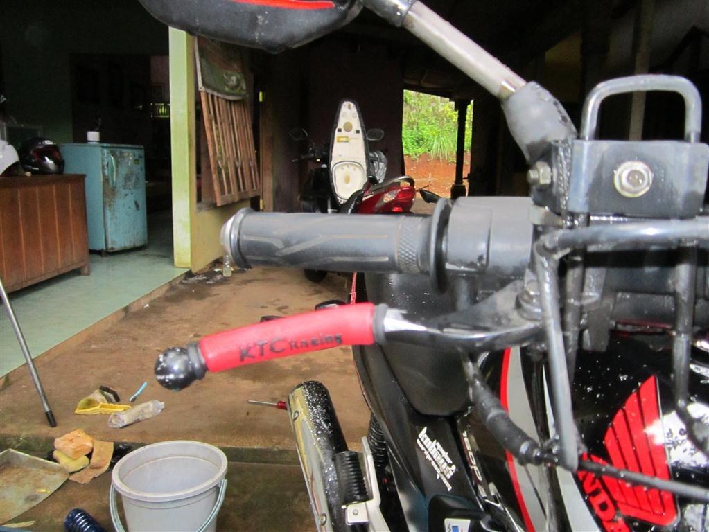 Diy pasang sendiri karet handle rem di sepeda motor pertamax7 pertamax7wordpress 021 medium thecheapjerseys Gallery