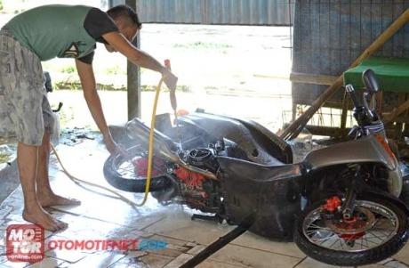 cuci-motor-miring.jpg