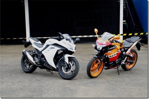 NEW-NINJA-250-FI-VS-HONDA-CBR-250_th[1]