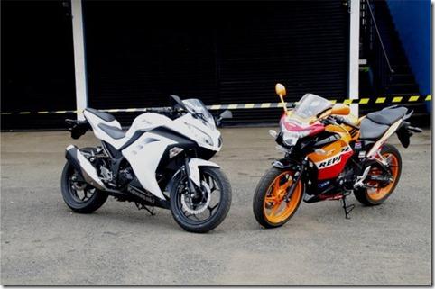 all new ninja 250 FI ABS bikin kompetitor yakni honda cbr 250 FI ABS