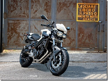BMW-F800R_thumb1
