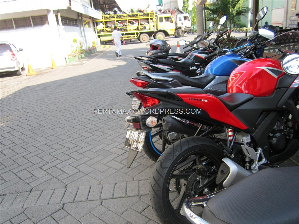 ALL NEW HONDA CBR 150 R VS HONDA NEW MEGAPRO VS HONDA MEGAPRO PRIMUS