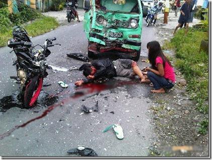 kecelakaan-motor-satria-fu_
