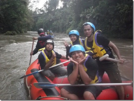 rafting sungai ELO 2 (Medium)