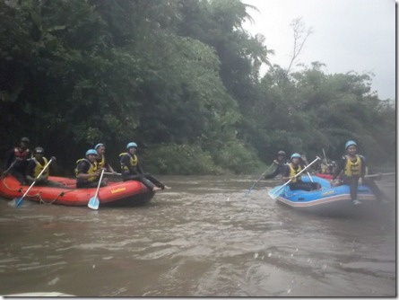 rafting sungai ELO 3 (Medium)