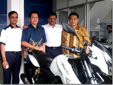 4_Manajemen PT TVS Motor Company Indonesia dan PT Anugrah Jaya Motor selaku RD TVS Motor di Sumsel.jpg (Small)