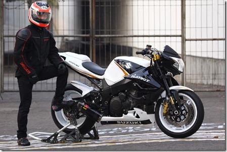 suzuki gsx 1000 1