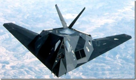 F117-Stealth-1-LV2OYU94VF-1024x768 (Small)