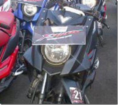 kan di thailand yamaha X ride eh TTX nggak pake plat nomer depan ...