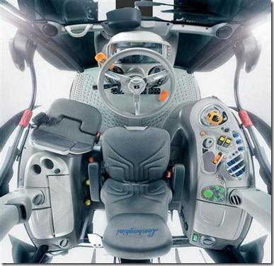 Lamborghini-Nitro-Tractor-interior (Small)