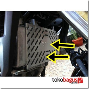 cover radiator honda CB150R  22