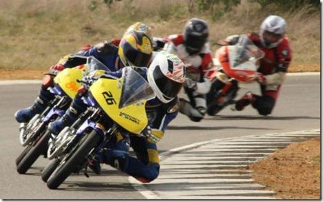 yamaha R15 race