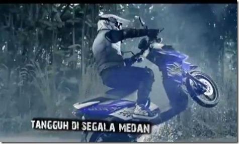 yamaha X-ride wheelie