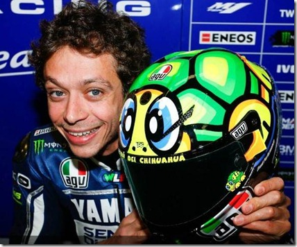 Helm-Valentino-Rossi (Small)