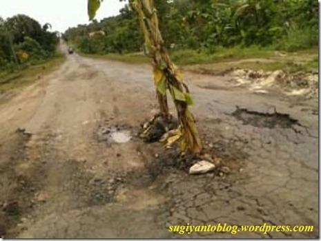 jalan rusak wonogiri