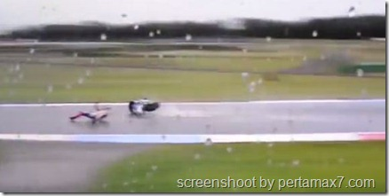 jorge lorenzo crash 12