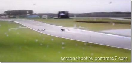 jorge lorenzo crash 14