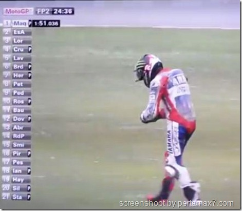 jorge lorenzo crash 26