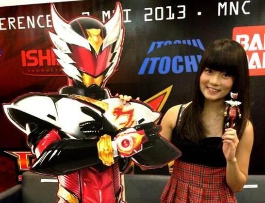 Stella-JKT48-dan-Mainan-Karakter-Bima-Satria-Garuda_haibaru650x431.jpg