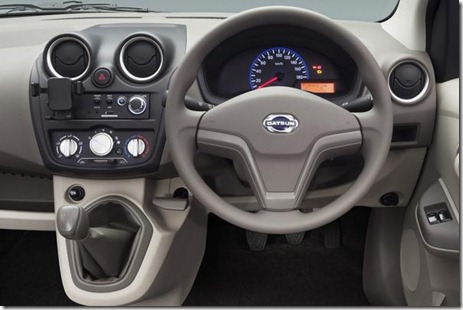 datsun go dashboard