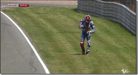 lorenzo crash 1