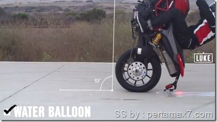ducati wheelie challenge ballon air