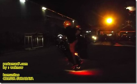 freestyle honda CB150R 3