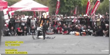 freestyle honda CB150R 6
