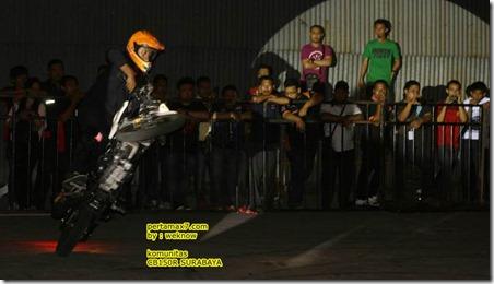 freestyle honda CB150R 9