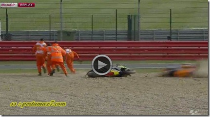 marquez crash hit crutlow 1