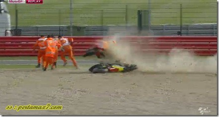 marquez crash hit crutlow 2