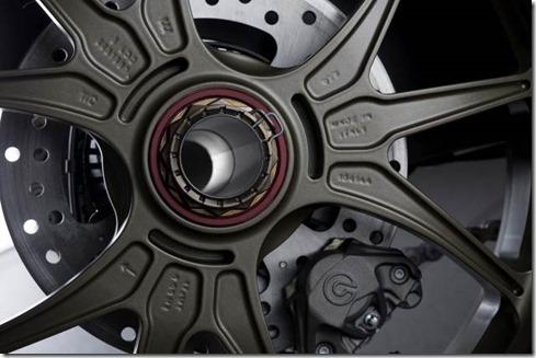 2014-Ducati-1199-Superleggera-studio-15-635x423