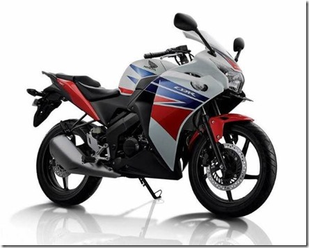 all new honda CBR150R-honda-three-colors (Small)