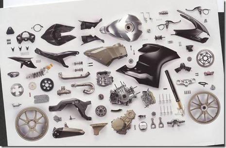 Ducati-1199-Panigale-R-Superleggera-leak-18-635x425