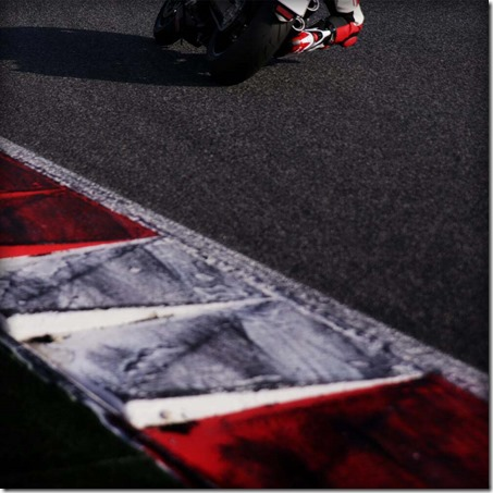Ducati-Monster-EICMA-teaser-08