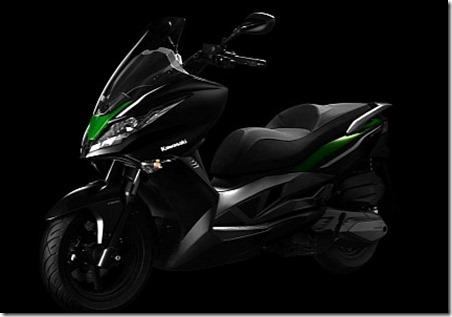 kawasaki-j300-maxi-scooter 3
