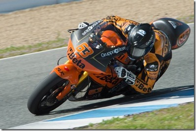 Mike Di Meglio Moto2 Moto3 Tests Day 4 5zOihm7R7L1x (Small)