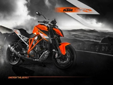 Wallpaper_1290_Superduke_Still_Orange-Small.jpg