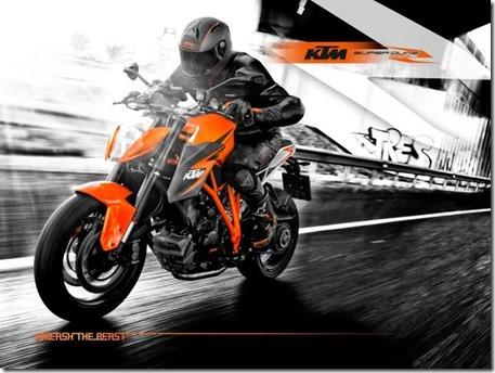 Wallpaper_1290_Superduke_Still_Orange_with_rider (Small)