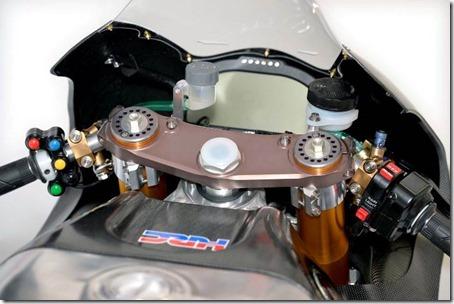 2014-honda-rcv1000r-motogp-08 (Small)