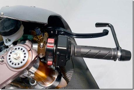 2014-honda-rcv1000r-motogp-18 (Small)