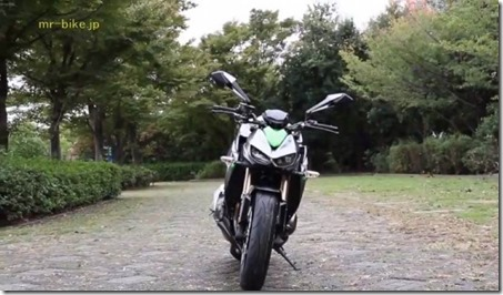 2014-Kawasaki-Z1000-video-leak-14-635x371 (Small)