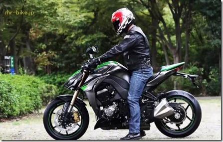 2014-Kawasaki-Z1000-video-leak-18-635x403 (Small)