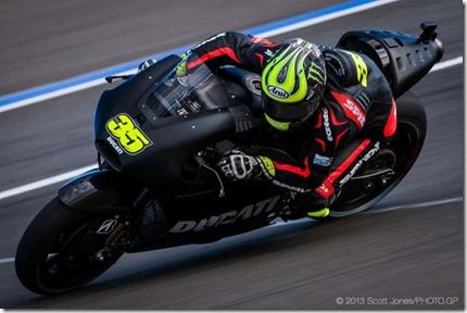 Cal-Crutchlow-MotoGP-Ducati-Corse-Valencia-Test-Scott-Jones-02-635x423