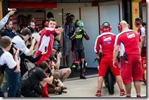 Cal-Crutchlow-MotoGP-Ducati-Corse-Valencia-Test-Scott-Jones-04-635x422