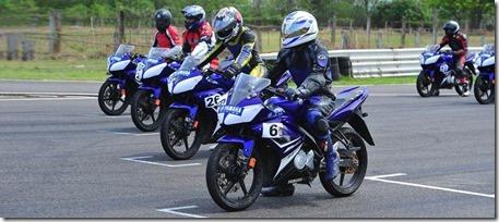 r15-racing