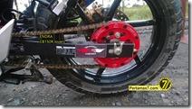 Modifikasi Honda CB150R ala supermoto  10